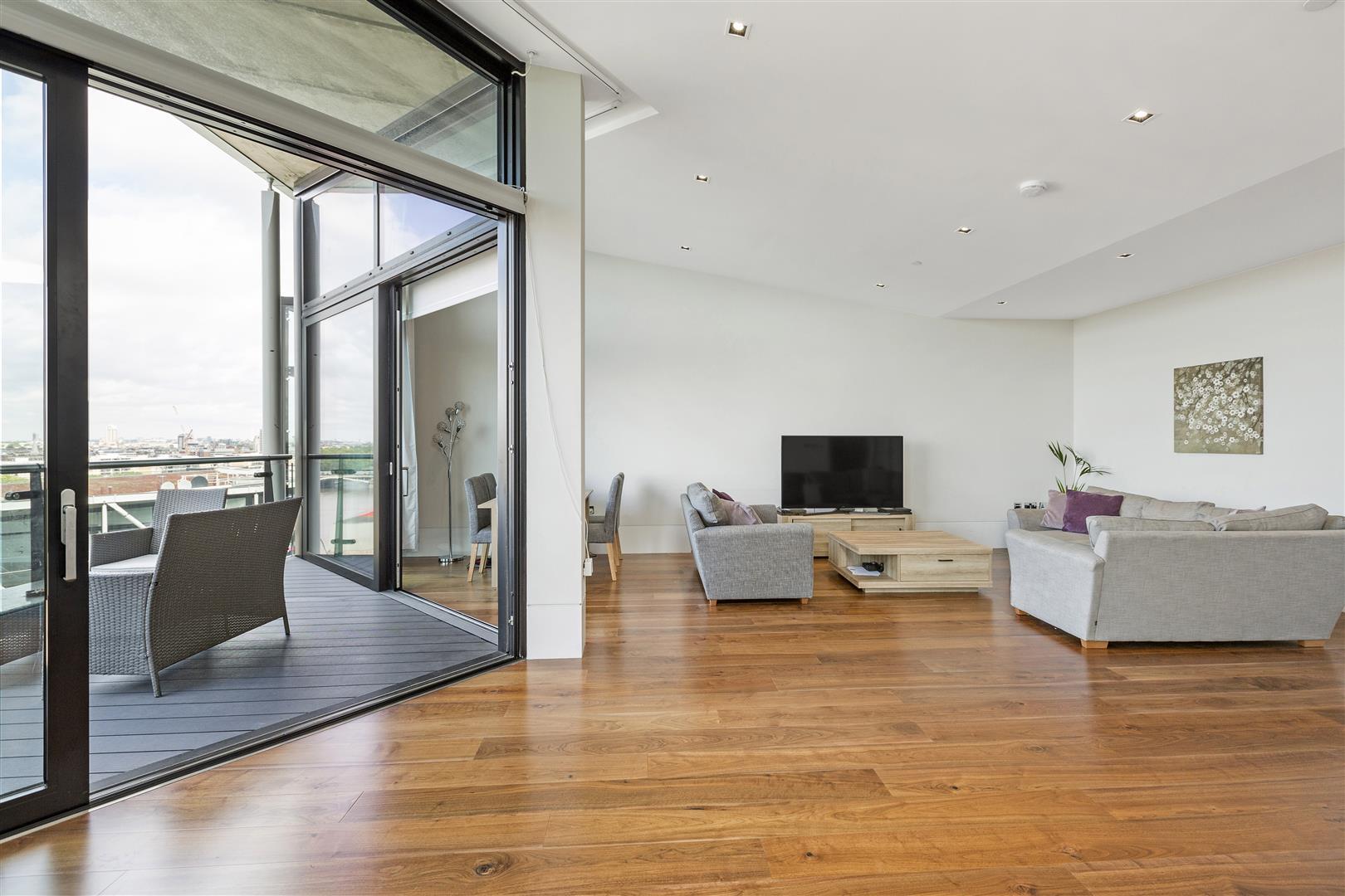 3 Bedrooms Flat for sale in 4 Riverlight Quay, Nine Elms, London SW11
